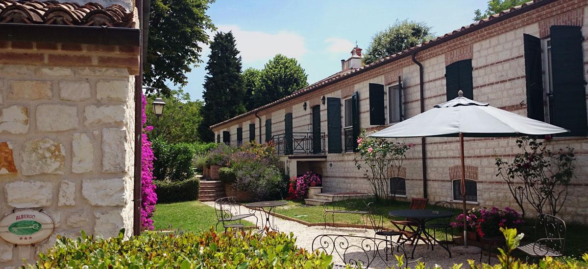 Hotel Sirolo - fra Sirolo e Numana Hotel valcastagno Relais ...